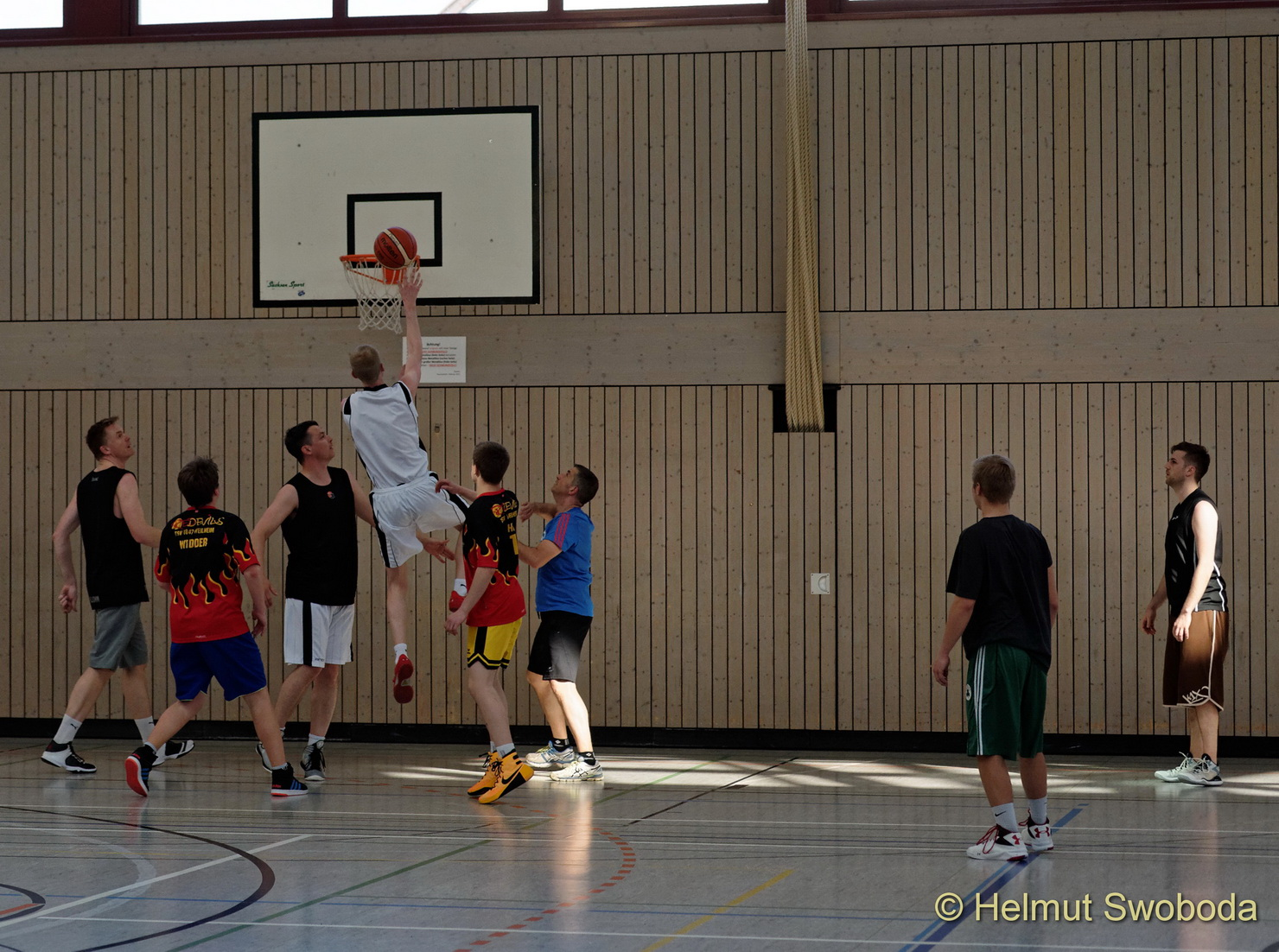 d170402-160424400-100-basketball_weilheim-mixed-turnier_33813697825_o