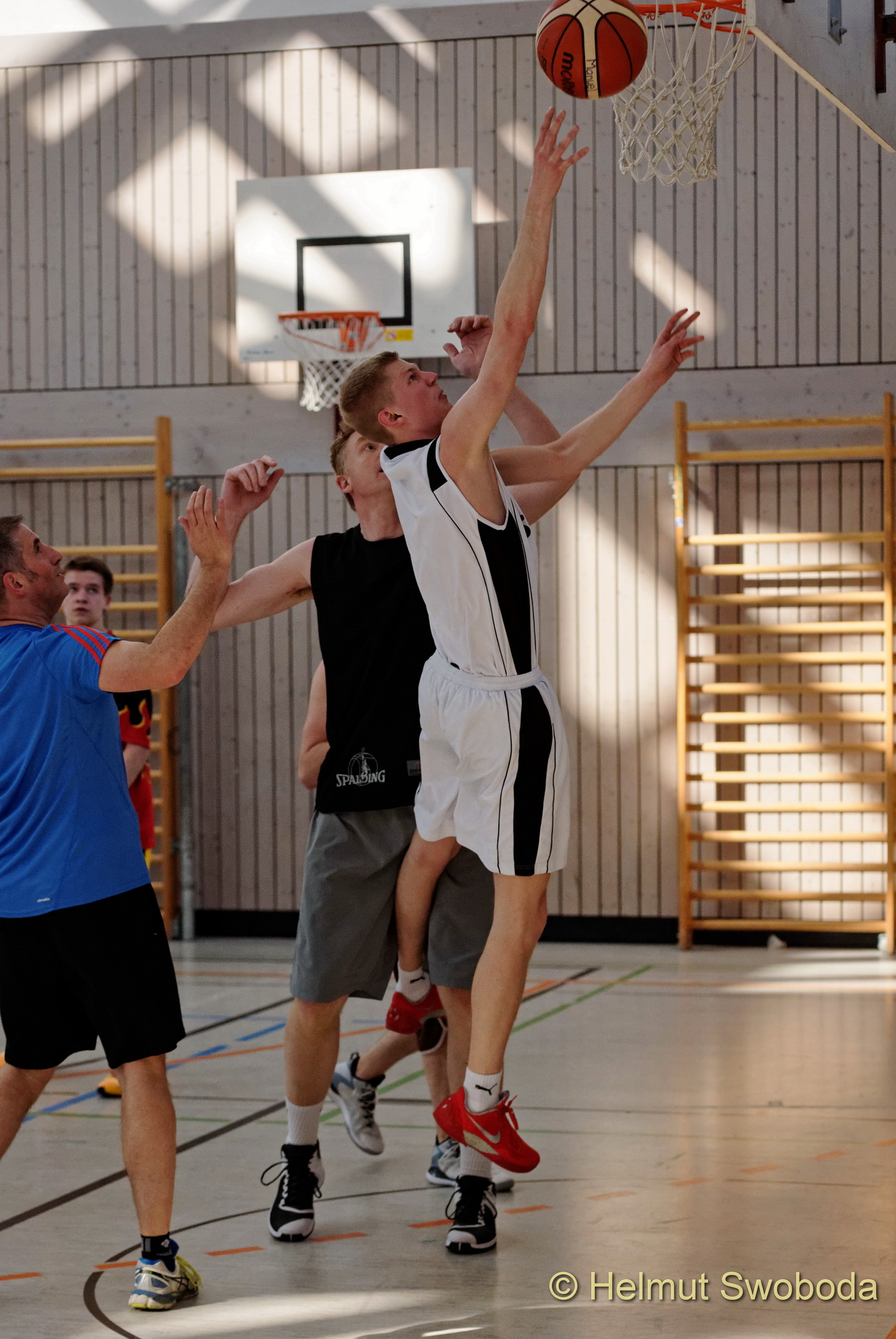 d170402-160609200-100-basketball_weilheim-mixed-turnier_33657315772_o