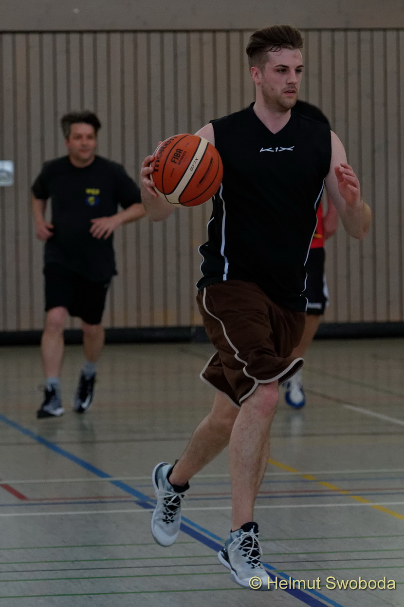 d170402-161024000-100-basketball_weilheim-mixed-turnier_33657314482_o