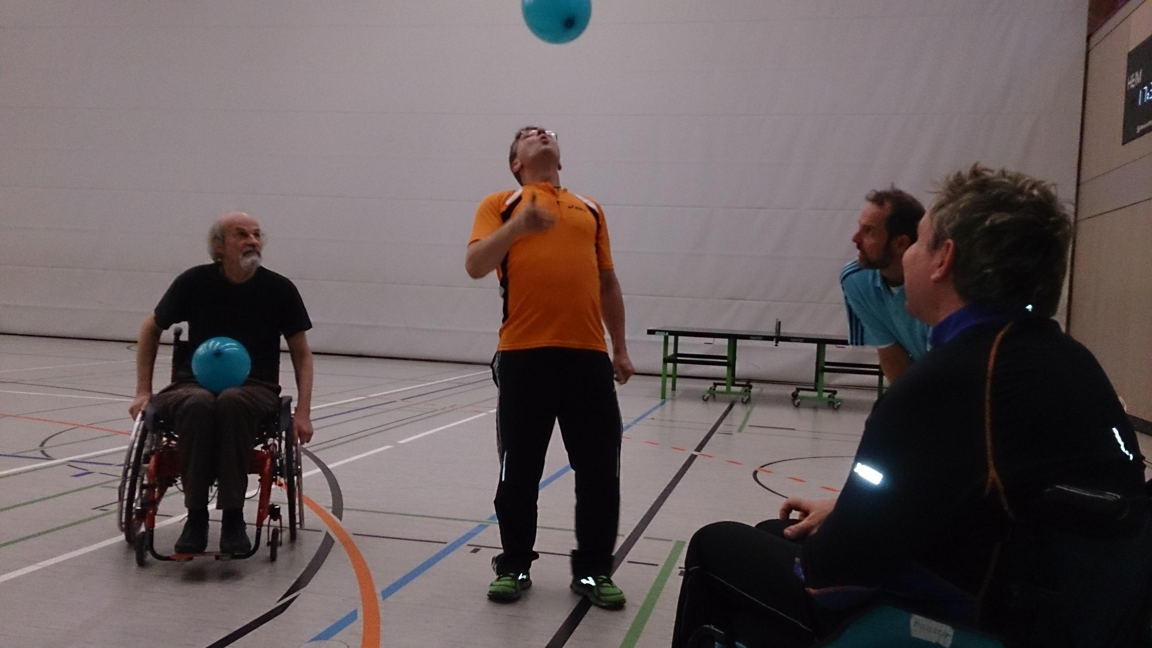 2016-Rollstuhlsport_Luftballon