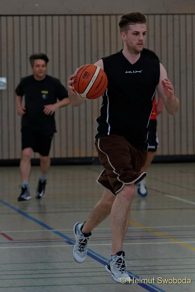 d170402-161024000-100-basketball_weilheim-mixed-turnier_33657314482_o