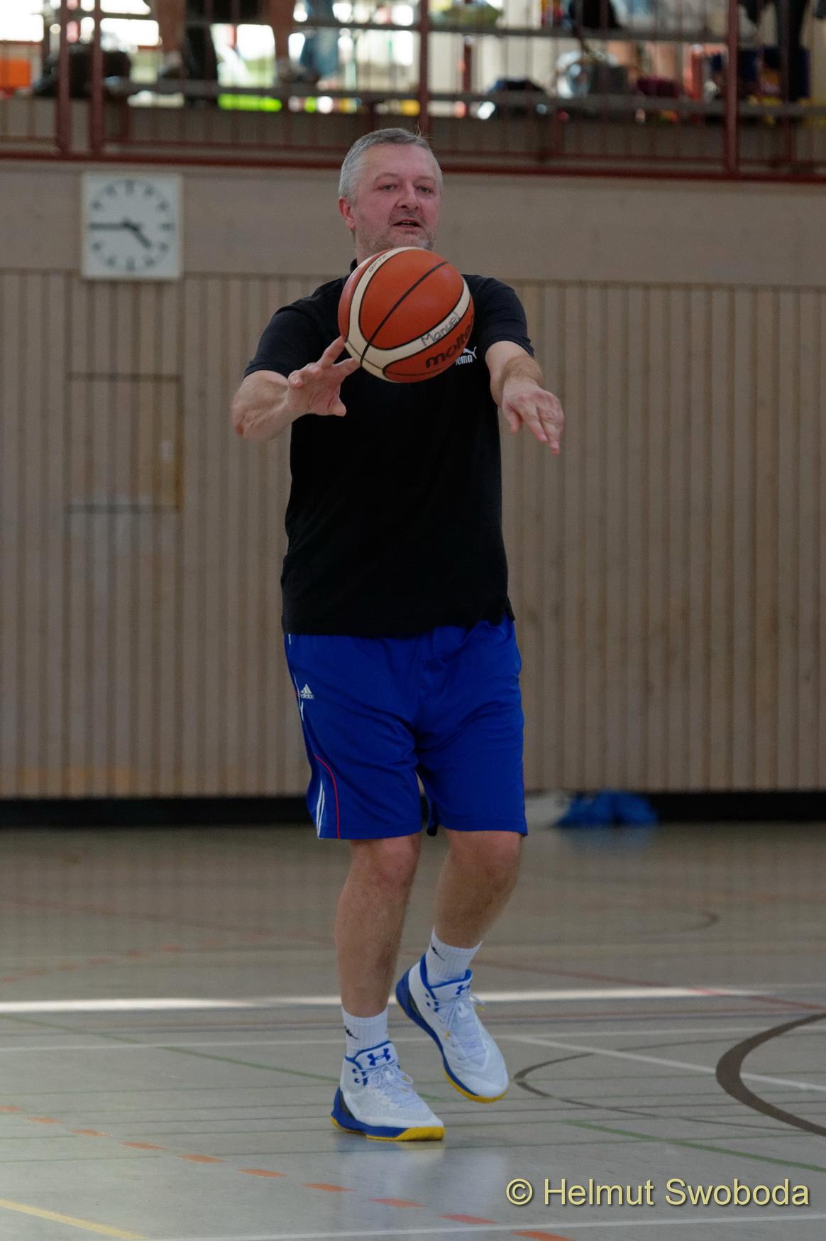 d170402-164456600-100-basketball_weilheim-mixed-turnier_33657279722_o